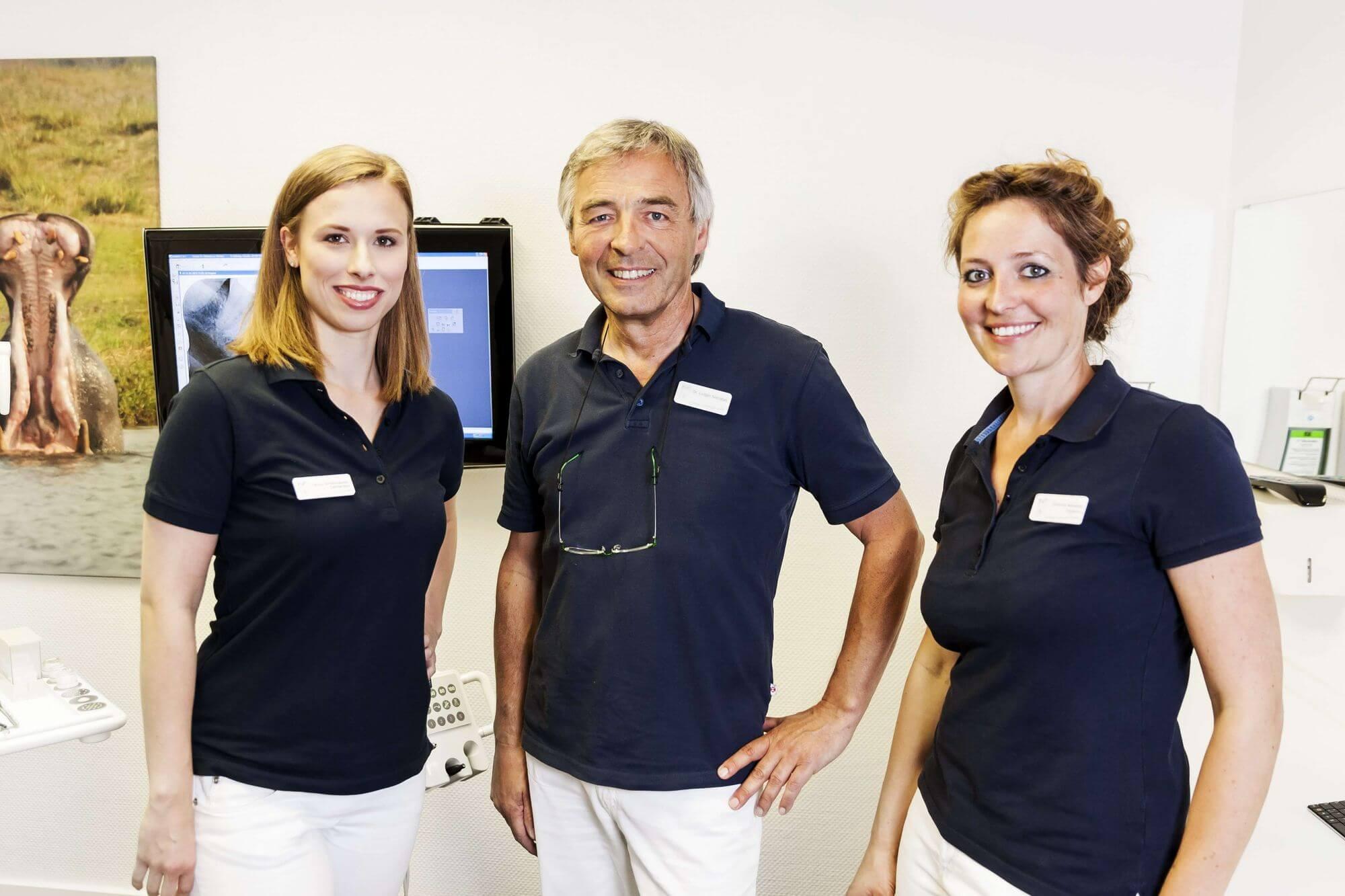 Das Zahnärzte-Team der Praxis für Zahnheilkunde